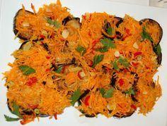 Eingelegte Auberginen mit Zwiebeln, Karotten und Knoblauch - Rezept auf www.roterochs.de