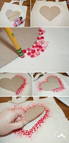 Kuvioita kangasväreillä (sydänkuvio)