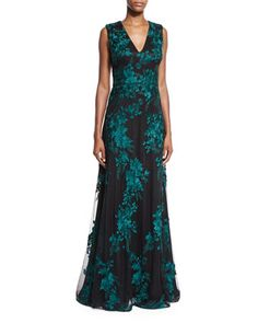 Sleeveless+Embroidered+Tulle+Gown,+Black/Jade+by+David+Meister+at+Neiman+Marcus.