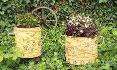 Výsledek obrázku pro kvetináč ze starého hrnce koupit