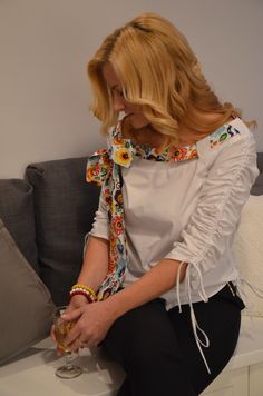 Beautiful and very feminine  shirt. Avaible on www.more-fashion.pl