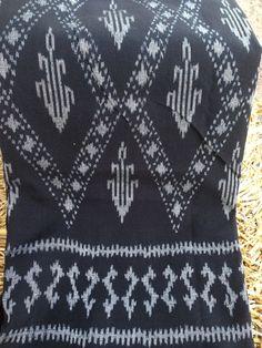FREE SHIPPING Ikat Shawl / Rug / Table Cloth/ Craft by AmkenShop