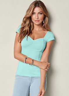 CAP SLEEVE BASIC TOP in pink and blue