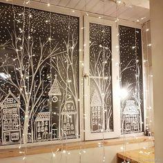 Christmas Window Display, Christmas Window Decorations, Christmas Projects, Winter Christmas, Christmas Home, Christmas Windows, Christmas Chalkboard, Theme Noel, Christmas Inspiration