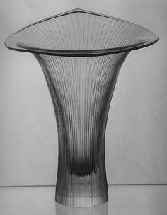 """Kanttarelli"" Vase (Model No. 3280)  Designer:Tapio Wirkkala (Finnish, Hanko 1915–1985 Esbo) Manufacturer:Iittala Lasitehdas Oy Date:designed 1947, manufactured ca. 1950 Medium:Glass Dimensions:H. 8-13/16 in."
