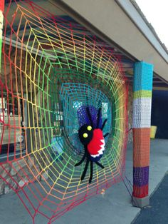 Yarnbombing Penny Lane está en MacArthur Ave en Springfield, IL.