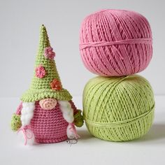 Easter Crochet Patterns, Crochet Doll Pattern, Crochet Patterns Amigurumi, Amigurumi Doll, Crochet Hooks, Scandinavian Gnomes, Doll Tutorial, Crochet Basics, Stuffed Toys Patterns