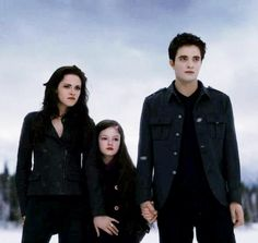 Breaking Dawn part 2 Bella, Renesmee and Edward