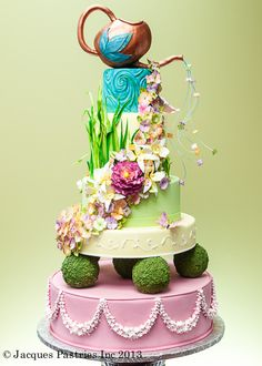 http://www.jacquespastries.com/weddingcakes/showstoppers/files/page5-1011-full.jpg