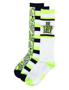 Girl in soccer socks fetish pic 797