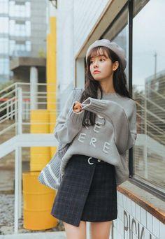 Women'S Autumn And Winter Harajuku Thickened Woolen Plaid Retro Skirt Female Korean Fashion Minimal, Korean Girl Fashion, Korea Fashion, Asian Fashion, Casual Outfits, Cute Outfits, Fashion Outfits, Fashion Styles, Plaid Mini Skirt