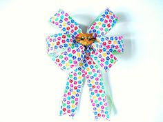 Tan cat gift wrap bow/ Cat collar decoration/ by JDsBowCreations