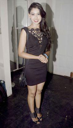 Niti Taylor at the 200th episode completion bash of 'Kaisi Yeh Yaariyan'.