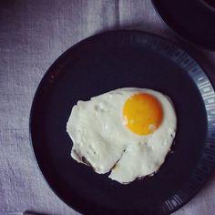 "I love ""yolking"" around in the morning. #yummy #breakfast #fresh #tasty #foodie #delicious #yum #endometriosis #f52grams #lickingtheplate #gold #egg #simplethings #gutenmorgen #spiegelei #friedegg"