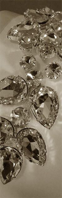 DECORATE MY WEDDING - Crystal Wedding Card Box & Guest Book