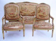 Louis XVI Salon Suite