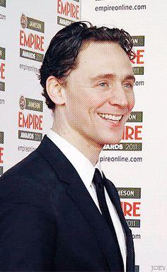 Tom♡.gif
