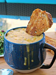 #ad Make your day Soup-er with Idahoan Steakhouse Broccoli Cheese Potato Soup. You'll thank me once you did! It's creamy, delicious and so easy to make! @idahoanfoods #idahoansoups