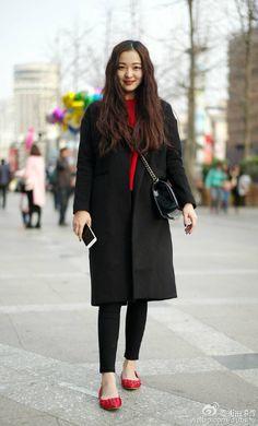 想要一件红色毛衣