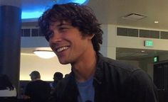 why is he such a cutie tho Bob Morely, Bellamy The 100, The 100 Serie, 100 Memes, The 100 Cast, Ideal Man, Bellarke, The Hundreds, Series Movies