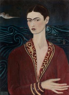 Frida Kahlo painted her Self-portrait with a velvet dress in 1926. This photo captures that artwork, but Frida painted the photo with oil, copying the pain...