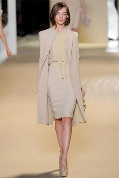 elie-saab-work2 by {this is glamorous}, via Flickr Corporate Wear, Corporate Fashion, Ellie Saab, Power Dressing, Business Fashion, Business Chic, Business Attire, Office Fashion, Work Fashion