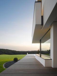 Oberen Berg House / Alexander Brenner