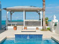 Newly Renovated Grand Luxury Beachfront VillaVacation Rental in Nassau