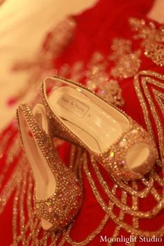 indian-wedding-bridal-wedding-and-shoes http://maharaniweddings.com/gallery/photo/2333