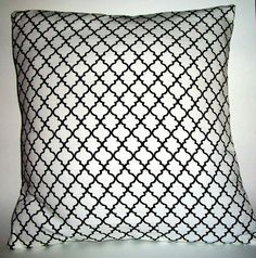 """A pair of 18 x 18"""" decorative throw pillow covers"""