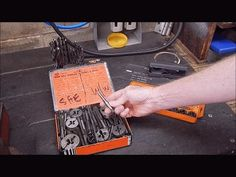 How to match a drill to thread tap size Blacksmith Shop, Drill, Nikon, Charts, Tutorials, Watch, Youtube, Blacksmithing, Hole Punch