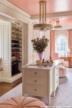 Dressing Room Closet, Dressing Room Design, Dressing Rooms, Interior Architecture, Interior Design, Luxury Closet, Closet Designs, Elle Decor, New Room