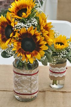 Inspirational Sunflower Wedding Ideas for wedding decorations, wedding centerpieces with sunflowers in wine bottle with burlap, fall weddings, rustic country weddings Sunflower Wedding Centerpieces, Yellow Centerpieces, Rustic Wedding Centerpieces, Centerpiece Ideas, Wedding Rustic, Fall Sunflower Weddings, Sunflower Wedding Cupcakes, Sunflower Wedding Decorations, Centerpiece Flowers