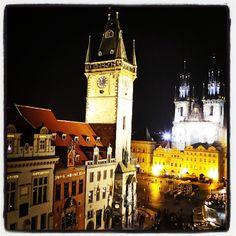 #aurinkomatkaaja Prahan vanhan kaupungin tunnelmaa Prince U hotellin kattoterassilta. #prague #town