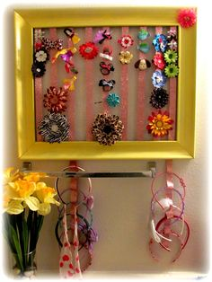 How to make a hair clip and headband holder using a photo frame and ribbon!