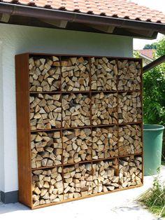 4 drewutnia w ogrodzie