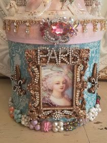 Victorian Crafts, Victorian Christmas, Vintage Christmas, Christmas Crafts, Xmas, Christmas Tree, Shabby Chic Crafts, Shabby Chic Decor, Vintage Jewelry Crafts