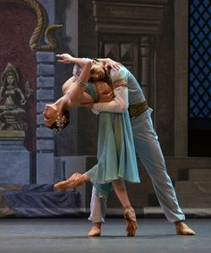 "Olga Smirnova and Semyon Chudin in ""La Bayadere"" #alvasbfm #ballet #dancer"