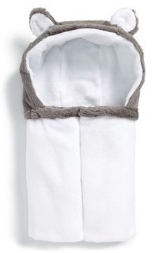 Little Giraffe Luxe Hooded Towel (Baby) available at #Nordstrom Sale: $29.90 After Sale: $46.00  Item #239917