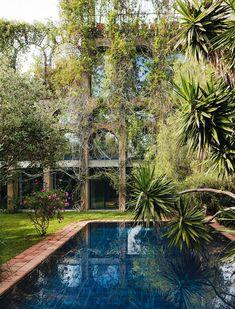 A labyrinth in Barcelona: Xavier Corbero, Barcelona, Spain, pool. Landscape Architecture, Landscape Design, Garden Design, House Design, Outdoor Spaces, Outdoor Living, Outdoor Decor, Yucca, Dream Pools
