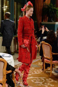 CHANEL at Ritz: pre-fall 2017     #fashion #fashionhistory #fashiontrends #fw2017 #fashionhistorian #moda #vogue #storiadellamoda #storicodellamoda Luciano Lapadula | Siamo Ciò Che Vestiamo | We Are What We Wear