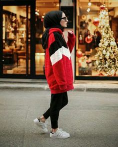 hijab sport combination recommendations we have chosen the newest fashion clothes for you. Hijab Casual, Hijab Outfit, Hijab Chic, Hijab Dress, Hijab Sport, Sports Hijab, Modest Outfits, Casual Outfits, Fashion Outfits
