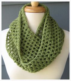 Items similar to NORA (small) - Crochet Infinity Scarf Cowl. Choose Your Color on Etsy Crochet Motifs, Knit Or Crochet, Crochet Gifts, Crochet Scarves, Crochet Shawl, Crochet Clothes, Crochet Stitches, Double Crochet, Knitting Patterns