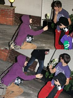 Fetus Harry giving fetus Louis a rose. My Larry heart Larry Stylinson, Louis Tomlinson, Zayn, Larry Shippers, Harry 1d, One Direction Memes, Louis And Harry, Wattpad, Louis Williams
