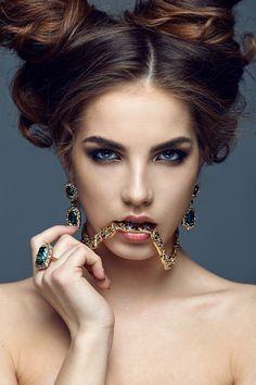 Alexis Loves....... Prell Shampoo, Real Beauty, Kim Kardashian, Septum Ring, Jewerly, Face Makeup, Beautiful Women, Lady, Hair Styles