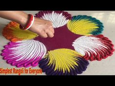 Amazing Rangoli Designs with Easy Technique Diwali Special Rangoli Design, Easy Rangoli Designs Diwali, Rangoli Simple, Rangoli Designs Latest, Rangoli Border Designs, Colorful Rangoli Designs, Rangoli Ideas, Diwali Rangoli, Beautiful Rangoli Designs