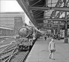 "This is Birmingham on Twitter: ""Snow Hill Station 1962 - Courtesy of Geoff…"