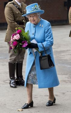 13 Fashion Rules the Royal Family Follows - Unexpected Royal Fashion Rules