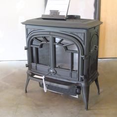Napoleon 1600C wood stove - redefining 'traditional'