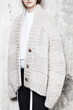 Chunky knit cocoon cardigan, knitwear details // Maison Martin Margiela Pre-Fall 2014